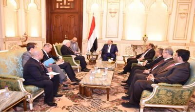 رئيس الجمهورية: المليشيات لاتفي بالاتفاقات ولاتكترث للمجتمع الدولي ومعاناة الشعب اليمني