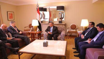 رئيس الوزراء: ماضون في خيار الحسم العسكري إذا لم تلتزم المليشيات بخيارات السلام