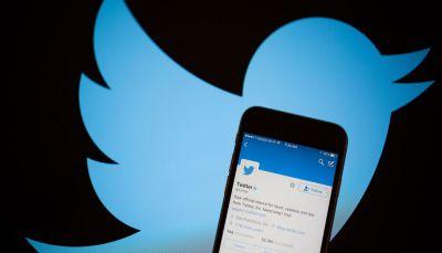"""""""تويتر"""" تحذف ملايين الحسابات المزيفة من متابعة المستخدمين"""