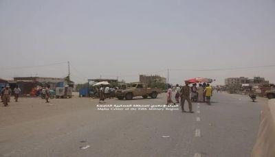 """الجيش يعلن تحرير مركز مديرية """"حيران"""" والسيطره على الخط الرابط بين حرض والحديدة"""