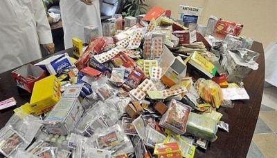 مساعدات الأدوية.. سوق سوداء للحوثيين والمنتهية الصلاحية للمواطنين