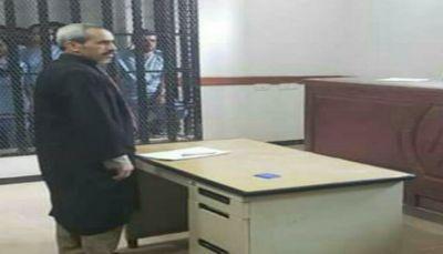 """في تصريحه للعاصمة.. محامي: هكذا هددت ميليشيا الحوثي المختطف """"حجر"""" عقب رفضه الاعتراف بتهم ملفقة"""