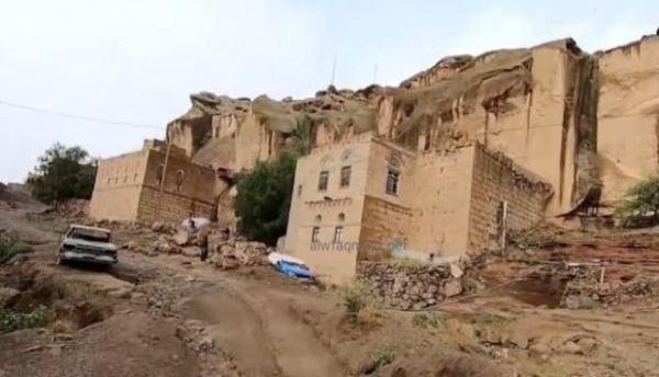ذمار.. حملة حوثية ترتكب انتهاكات صارخة في قرية بالحدا (تفاصيل)