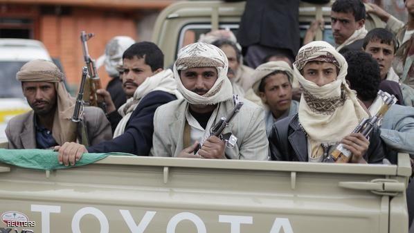 مصادر خاصة تكشف عن استعدادات حوثية لعرض عسكري في ميدان السبعين (تفاصيل)