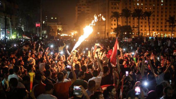 """احتفالاً بالمونديال .. حشود جماهيرية بميدان التحرير """"أيقونة الثورة المصرية"""""""