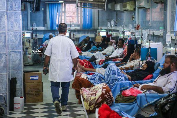 المئات من مرضى الفشل الكلوي مهددون بالموت في مستشفى الثورة بتعز