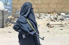 نساء حوثيات في مهمة نشر الفكر الطائفي بصنعاء