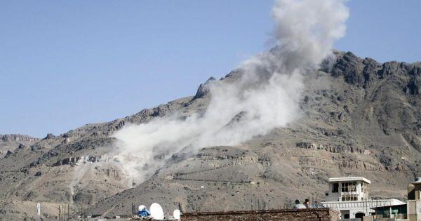 غارات عنيفة لطيران التحالف تستهدف مواقع المليشيا بصنعاء