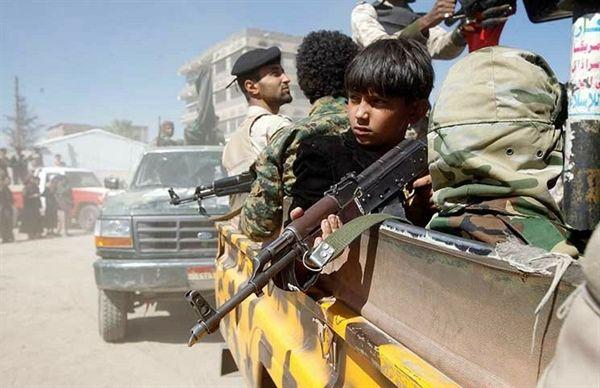 ميلشيا الحوثي تعزز جبهات القتال بعشرات الأطفال من صنعاء