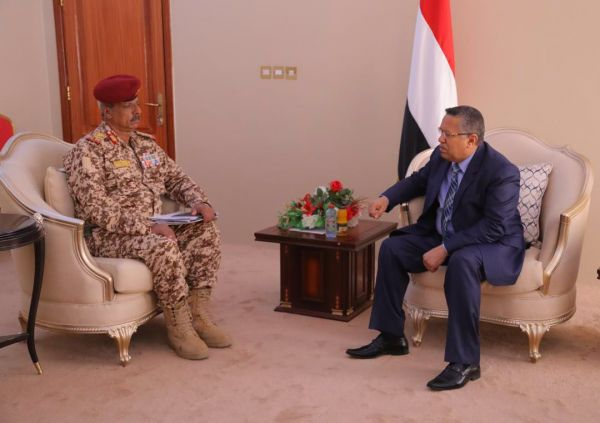 """توجيه حكومي باستكمال إجراءات فتح ميناء رأس العارة بـ""""لحج"""""""