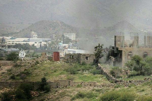 تعز: مقتل 35 حوثياُ والجيش يسيطر على مواقع شمال وغرب المدينة