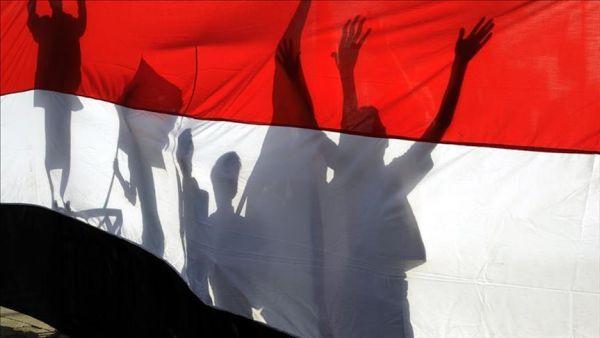 الثورة اليمنية بعد 7 سنوات.. ذهب صالح وبقي الأمل