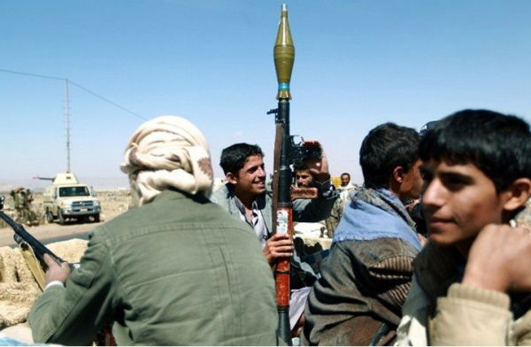مقتل مواطن وإصابة آخر برصاص مسلحين حوثيين في صنعاء