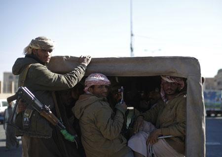 """صنعاء ترزح تحت سيطرة """"الحوثيين"""" للعام الرابع.. جرعُ وجوعُ وموت"""