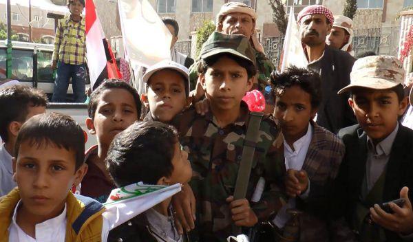 الخسائر الميدانية تدفع الحوثيين لمضاعفة حملات التجنيد القسري بصنعاء