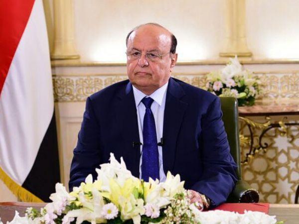 توجيه رئاسي بإعفاء المغتربين اليمنيين العائدين إلى الوطن من الرسوم الجمركية والضريبية