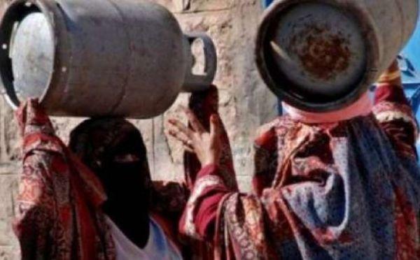 """""""العاصمة أونلاين"""" يستطلع رأي المرأة بصنعاء في يومها العالمي"""