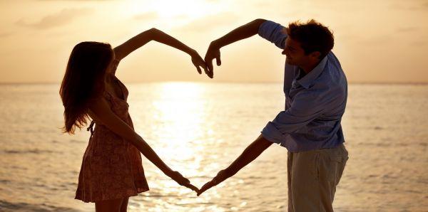 """باحثون: الحب مُسكّنٌ ممتاز للألم كـ""""المخدرات"""""""