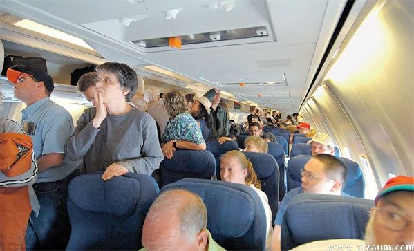 دراسة أمريكية: ركاب الطائرات المرضى ينقلون العدوى للمسافرين المجاورين لهم