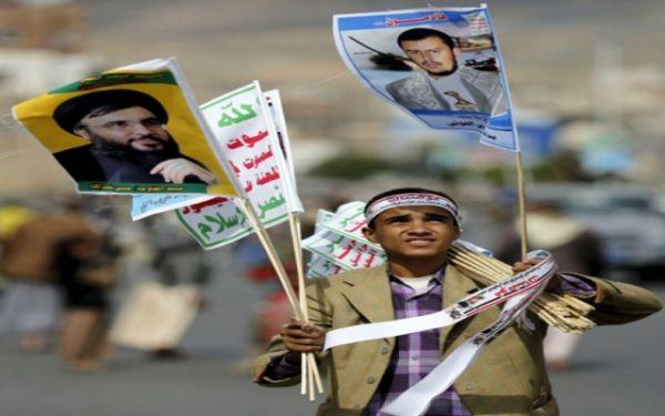 كاتب يمني يخاطب الحوثيين: المجتمع ضدكم وينتظر طريقة خلاصه منكم