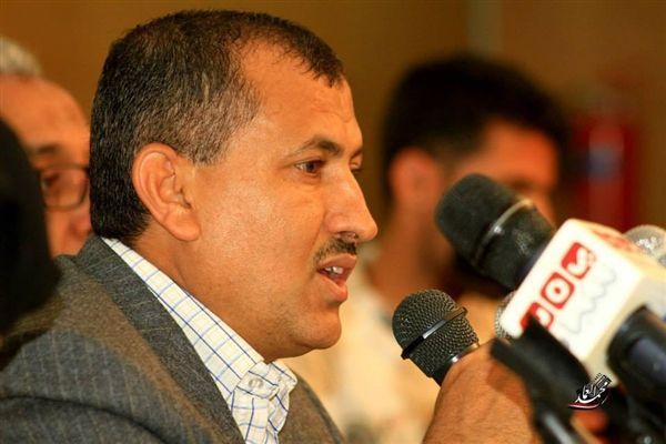 """الجرادي: """"الإصلاح"""" يدعم أي تحالفات سياسية في إطار الشرعية برئاسة الرئيس """"هادي"""""""