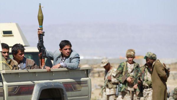 """اختفاء """"الصماد"""" يشعل الخلافات الحوثية وأنباء عن توقيفة من قبل زعيم الحوثيين"""