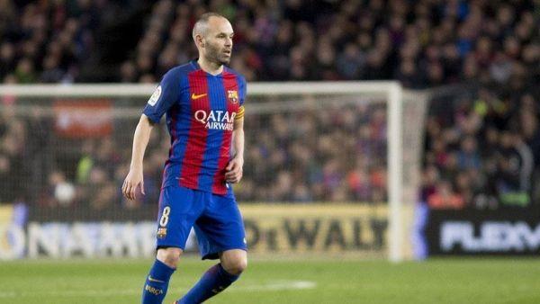 انييستا يعلن رحيله رسميًا عن برشلونة بنهاية الموسم الحالي