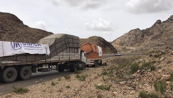 مليشيا الحوثي تحتجز شحنات أدوية خاصة بمرضى الفشل الكلوي والحكومة تدين