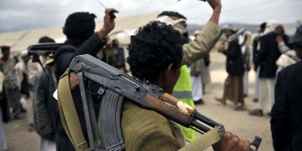 مليشيا الحوثي تلجأ لإخراج سجناء من صنعاء وإرسالهم للقتال في صفوفها