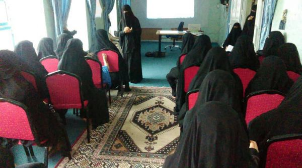 إب: أمسية رمضانية لأمهات المختطفين تطالب بإطلاق أبنائهن دون قيد أو شرط