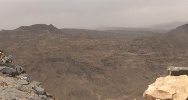 الجيش يحرر عدة مواقع بعد مواجهات عنيفة مع المليشيات بجبهة نهم شرقي صنعاء