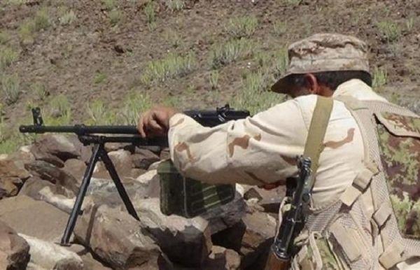 الضالع.. مقتل 17 حوثياً في مواجهات مع الجيش الوطني بمريس