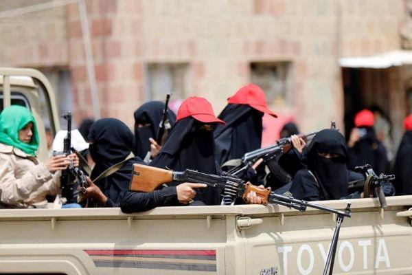 مليشيا الحوثي تحوّل مسجد نساء بصنعاء إلى مقر لتدريب عناصرها النسائية