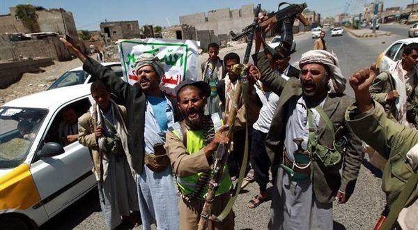 """الحوثيون يعتقلون عناصرهم الفارّة من """"الساحل الغربي"""" وترسلهم إلى """"صعدة"""""""