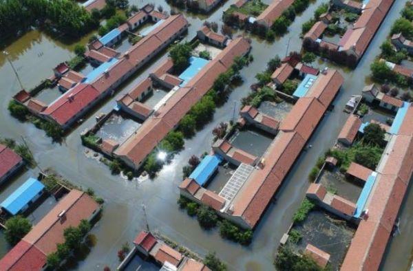 الصين تتكبد خسائر تجاوزت المليار دولار جراء فيضانات شرق البلاد