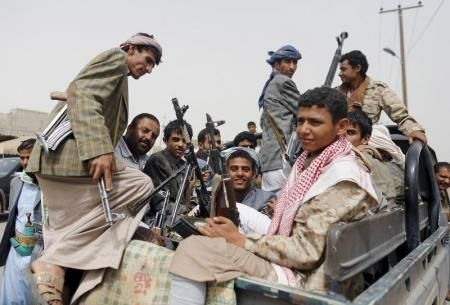 ميلشيا الحوثي تشن حملة جباية من الباعة في أسواق صنعاء