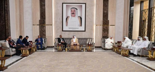 وفد برلماني يمني يصل الكويت في زيارة رسمية