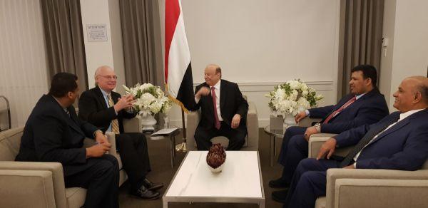 الرئيس هادي: المليشيات الانقلابية بكل محطة تثبت لامبالاتها بمعاناة اليمنيين
