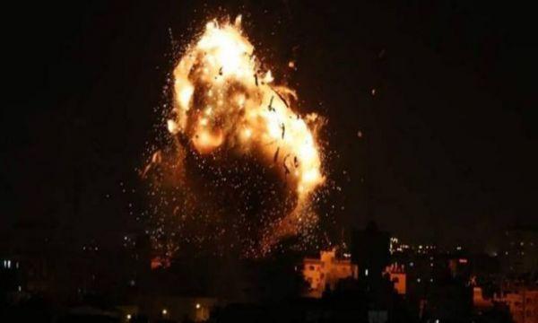 إسرائيل تدمّر مقر فضائية الأقصى بغزة وحماس تطالب برد دولي