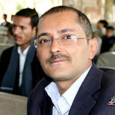 صحفي يمني يستغرب ممن يقدم نفسه كعدو للحوثي ويطالب بنقض المرجعيات