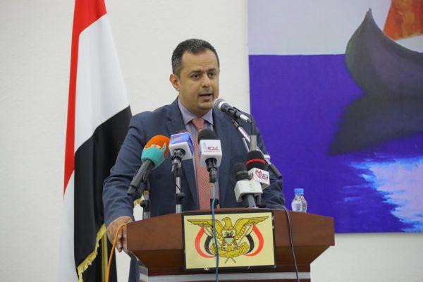 رئيس الوزراء: الانقلاب تسبب بمأساة انسانية كارثية وانتهك كافة حقوق الانسان