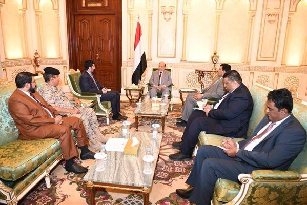 الرئيس يؤكد على تفعيل الجبهات واستكمال معركة التحرير
