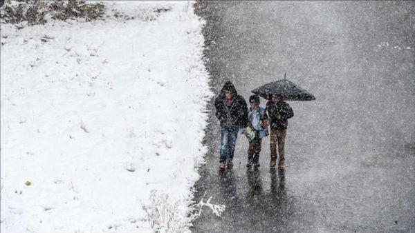 وفاة 15 طفلًا سوريًا بينهم رضّع إثر البرد القارس