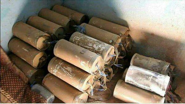 قوات الجيش الوطني تضبط أسلحة كانت في طريقها لمليشيا الحوثي بتعز