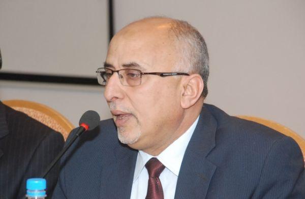 الوزير فتح يدعو المنظمات الدولية الى التدخل العاجل بالضالع