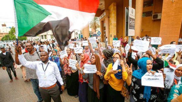 اضراب واسع في السودان للمطالبة بحكومة مدنية للبلاد