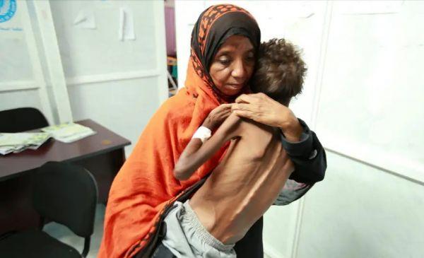 تحقيق دولي يفضح تعاون الأمم المتحدة مع الحوثيين واستغلال المساعدات