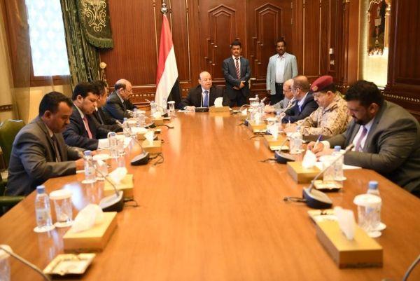 تفاصيل أول اجتماع للقيادة اليمنية بعد أحداث عدن واتفاق لإنهاء تمرد الانتقالي