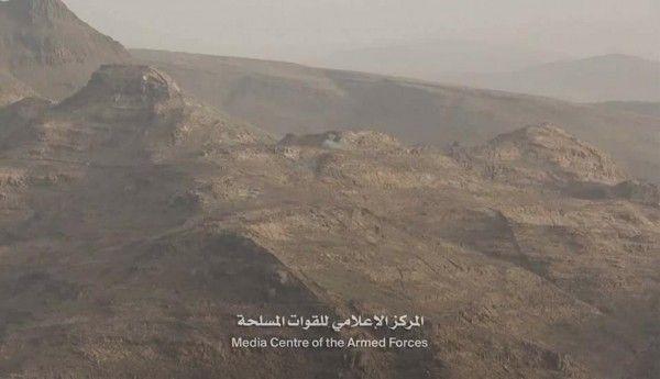 الجيش يحرر آخر قمة في مرتفعات البياض بجبهة نهم شرقي صنعاء