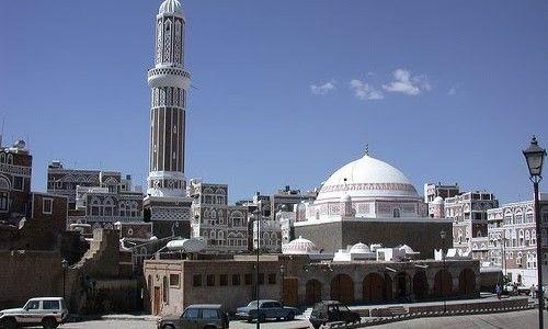 مليشيات الحوثي تستعمل مساجد في صنعاء كمستودعات للأسلحة